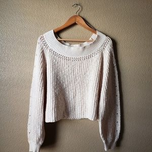 Sweater (Off the shoulder)
